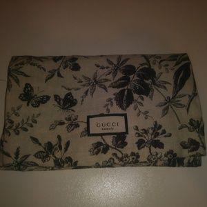 "Gucci cosmetic bag ""beauty"""
